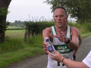 Are runners aware of the importance of hydration